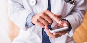 medicos-aprovam-usar-whatsapp-no-relacionamento-com-paciente
